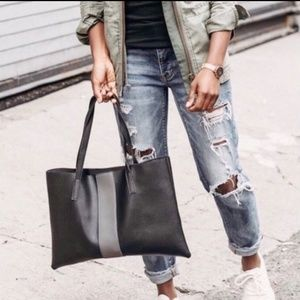 BNWOT Vince Camuto Luck Tote